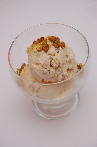 Table Recipes: Honey Ice Cream with Salted Pistachios
