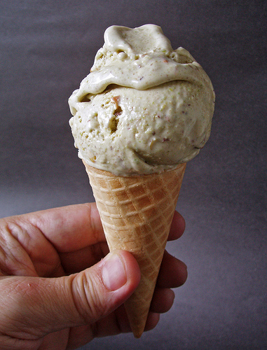 Table Recipes: Pistachio on Pistachios Ice Cream